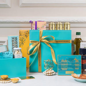 Hampers, Bakes And More at The Tea Lounge