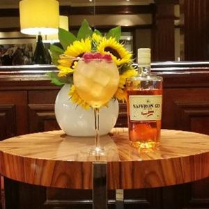 Saffron Gin & Tonic at The Hamptons Bar