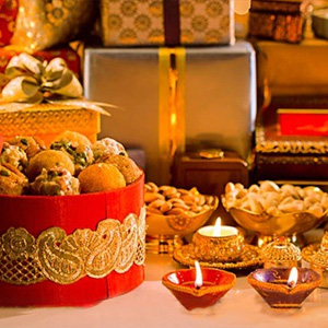 Festive Gift Hampers at  La Patisserie