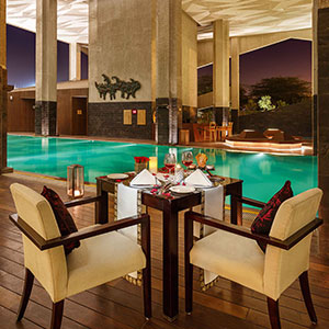 Alfresco Dining Experience at Pool Deck