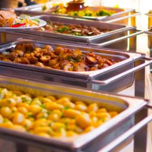 Weekend Buffet Dinner at Waterside Café