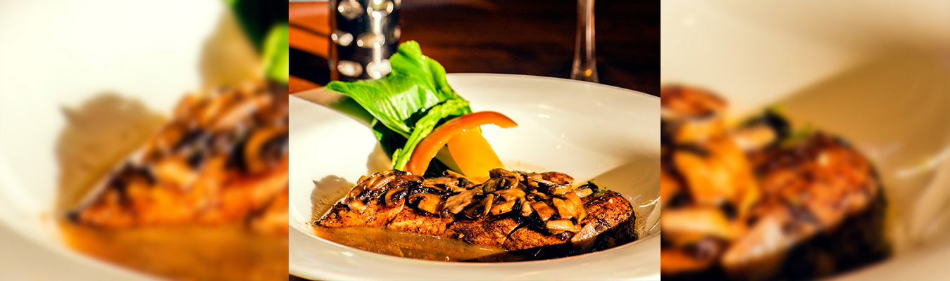 Spiced Chicken With Herbed Mushroom