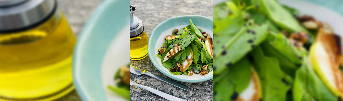 Baby Spinach and Pear Salad with Chocolate Balsamic Dressing
