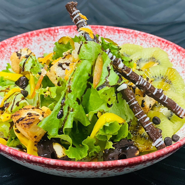 Mesclun Lettuce With Chilly Balsamic Chocolate Reduction