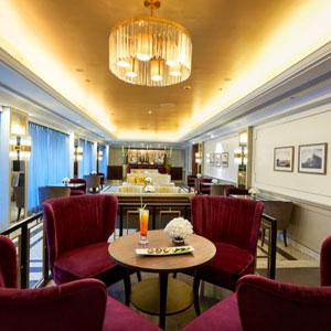 Lady Connemara Bar and Lounge,Taj Connemara, Chennai