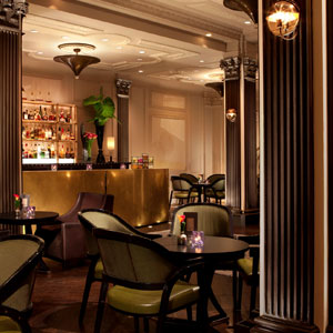 Two E Bar & Lounge,The Pierre, New York City